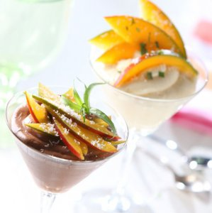 chocolate mousse with mango