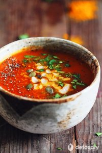 kurkuma tomaten soep